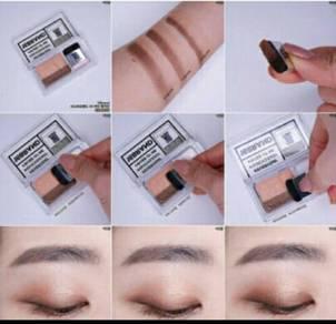 Eyeshadow sisteen