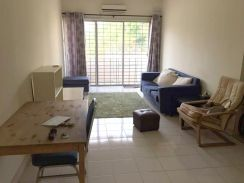 LAST CLEAN PARTLY FURNISHED Puteri Bayu Casa Tropika Condo Puchong