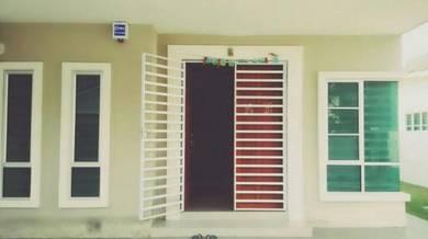 Semi-D cluster house for rent at Klebang Impian