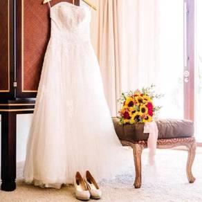 White corset beaded wedding bridal gown dress