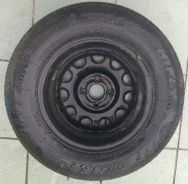 Tyre and rim (175/70 R 13)