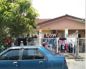 BANK LELONG No.33, Jalan Desa Kundang 18, Taman Desa Kundang, Rawang