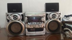 Pioneer set with surround speakers and dvd player