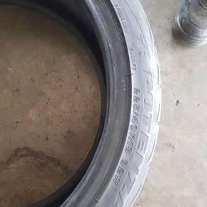 Tayar Bridgestone