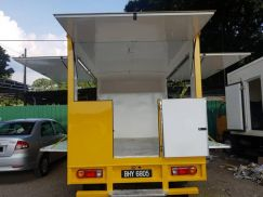 Inokom Lorimas Food Truck 2005 Diesel One Owner