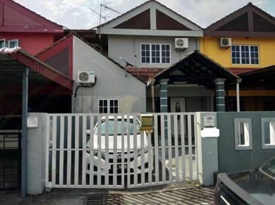 Double Strorey Terrace In Taman Tunaku Jaafar