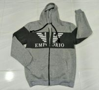Sweater tebal Emporio