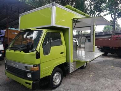 Food truck baru siap cantik