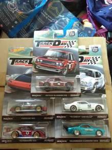 Mattel Hot Wheels Car Culture Track Day