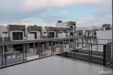 Casablanca, Kolombong | Double Storey Terrace | Kolombong