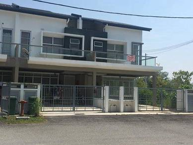 Double storey house (camellia residence) at semenyih for sale