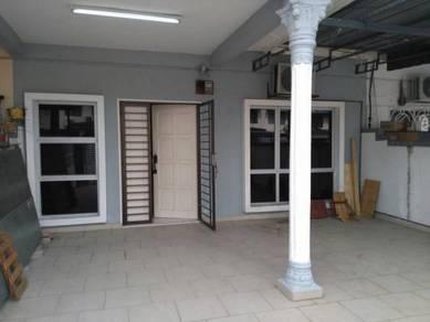 1-Sty at Taman Sentosa, Klang 20x60 Good Condition Unit for Sell !!!
