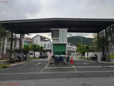 3 Storey Detached House in Seksyen U16, Denai Alam, Shah Alam