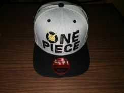 Cap one piece gold limited edition