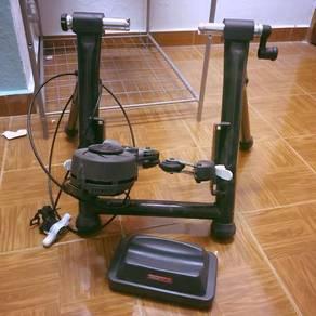 MINOURA RDA 2429-R Bicycle Trainer