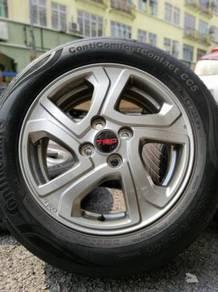 Original toyota vios trd sportrim 15 inch tyre 70%