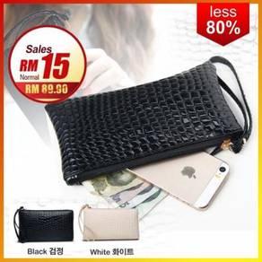 Korean Fashio Crocodile Design Faux Leather Purse