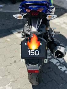 Yamaha Y15ZR Movistar 150 Special Plate