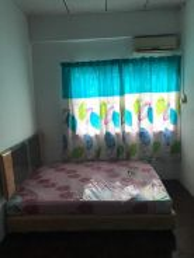 Fully Furnished room with aircond , wifi , Tmn Berkeley- Tawau