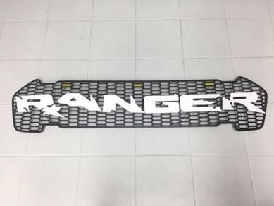 Ford Ranger T7 Grill Ranger wt Led