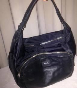 CUTE Branded handbag Agnes b Voyage