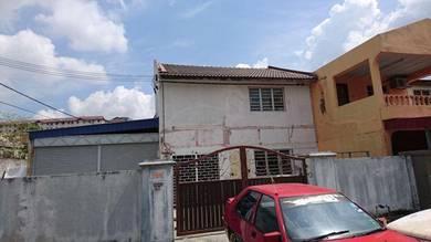 Below Market Value !!! Double Storey Corner Lot, Puchong