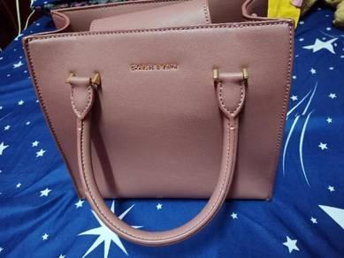 Handbag charles and keith