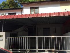 Affordable Lumut House for Rent