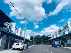 For Sale -Taman saujana Kluang (100% full loan)