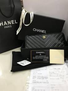 Chanel Chevron Zipped Wallet