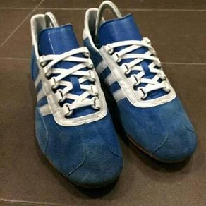 Adidas Achill