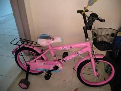 Basikal kanak-kanak perempuan 5 - 7 tahun