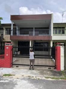 2-Storey At Jalan Kelabu 4, Taman Pelangi (PF) For Rent