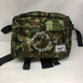 Men pouchbag herschel camo waist bag