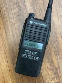 Motorola CP1300 Walkie Talkie/Radio