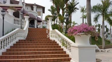 Fully Furnish Spanish Villa Condo