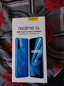 Realme5s fullset