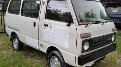 Daihatsu window van