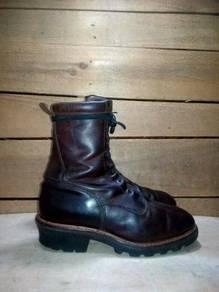Red wing original round toe logger boot waterproof
