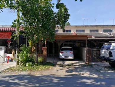 Rumah Teres Satu Dan Setengah Tingkat di Kg Wakaf Delima, Wakaf Bharu