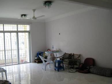 Fully renovated corner apartment