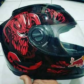 Gryfosh Helmet