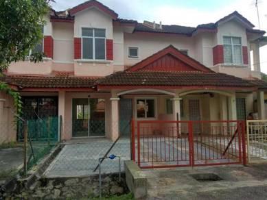 Double Storey House Lorong Az Zaharah Puncak Alam