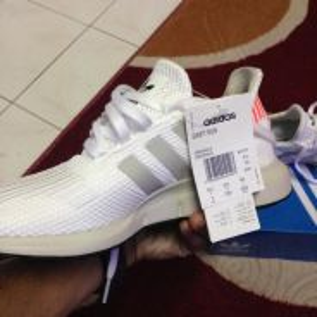 Adidas Swift Run Originals