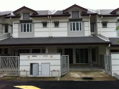 Rumah Dua Tingkat Di Taman Puncak Saujana, Kajang 20x70