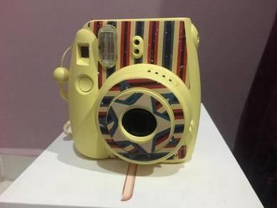 Fujifilm Instax Mini 8 (Camera)