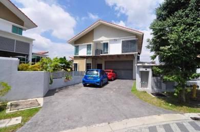 2 & half storey bungalow saujana impian kajang vila safira for sale !!