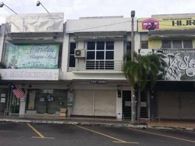 Tingkat 1 shoplot di Medan Niaga Tesco 1 Plaza Mall Kuala Selangor