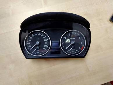 BMW X1 E84 meter