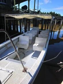 Boat fiberglass 28'feet